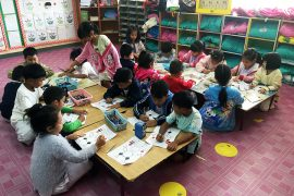 Students Colouring www.taylorstracks.com