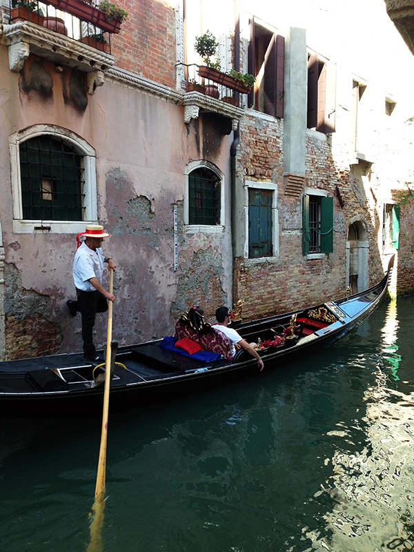 Gondola in Venice www.taylorstracks.com