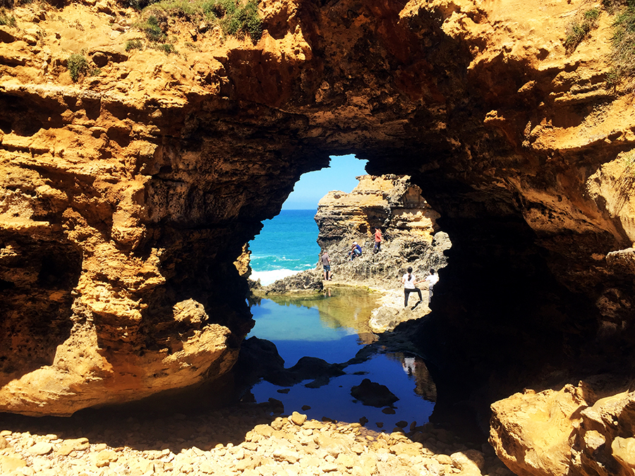 The Grotto Great Ocean Road www.taylorstracks.com
