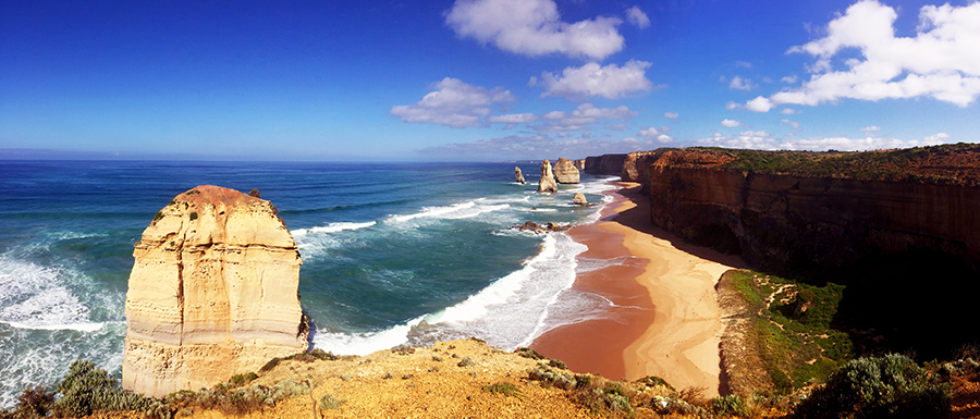 Twelve Apostles Pano Great Ocean Road www.taylorstracks.com