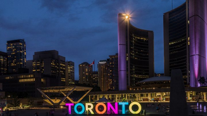 Best Places to Stay in Toronto: Neighbourhoods & Hotels
