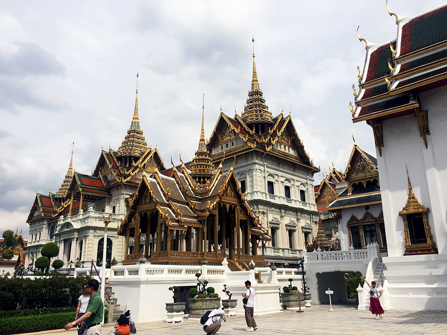 Grand-Palace-Bangkok-www.taylorstracks.com
