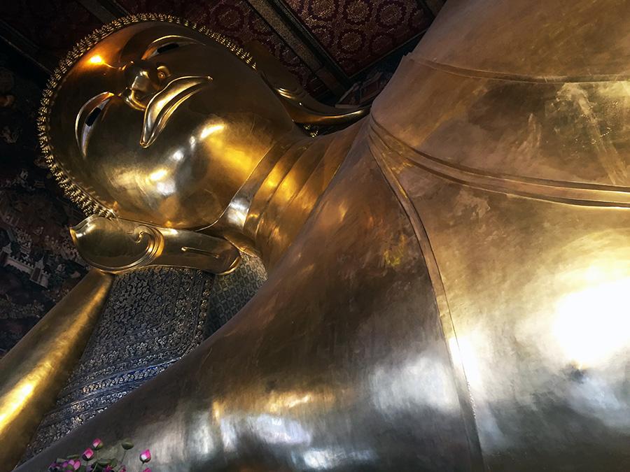 Wat-Pho-Bangkok-www.taylorstracks.com