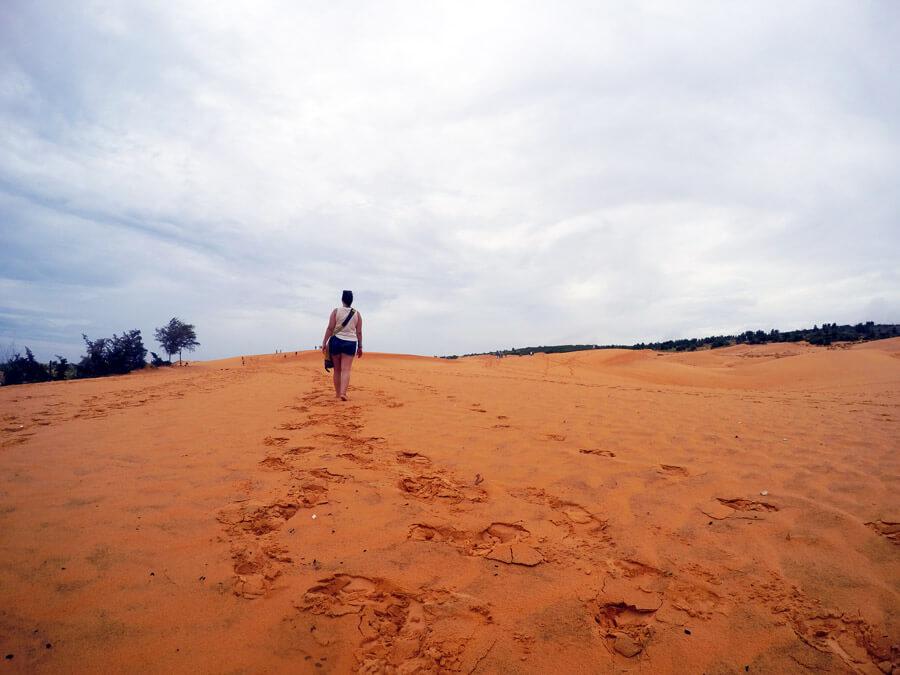 Mui-Ne-Red-Sand-Dunes-www.taylorstracks.com