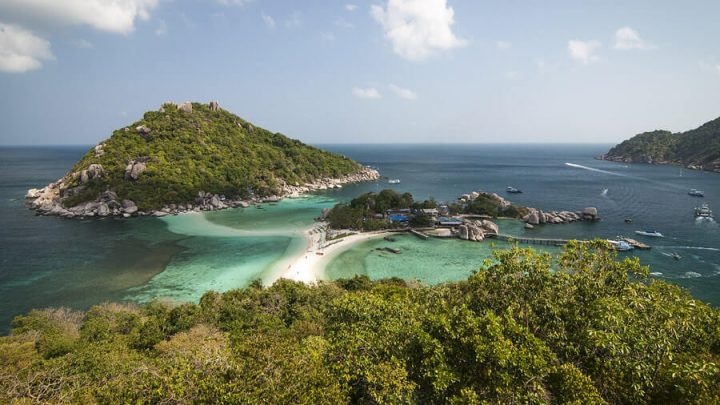 10 Best Koh Tao Hostels (For Every Budget)
