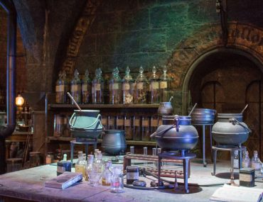 London Harry Potter | Harry Potter Things to do in London | Harry Potter Studio tour | The making of Harry Potter | Harry Potter Experience