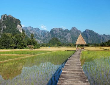 Things to do in Vang Vieng | Vang Vieng tubing | What to do in Vang Vieng | Vang Vieng things to do | Vang Vieng Laos | Vang Vieng attractions | Vang Veing activities
