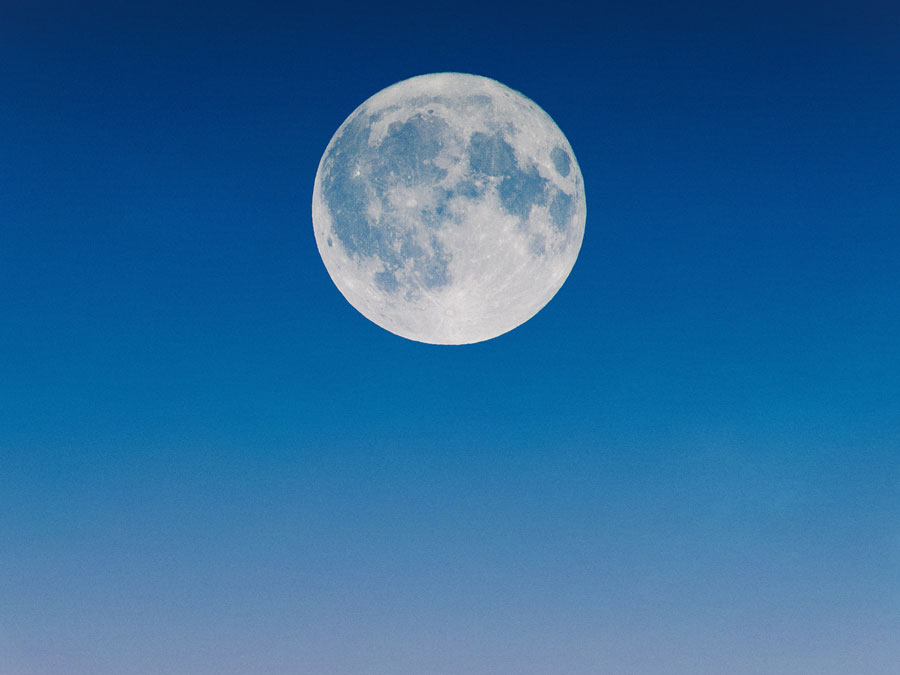 Full moon ritual | Full moon ceremony | Moon rituals | Full moon intentions | Full moon manifestation | Full moon ritual for manifestation | Full moon cleansing | Full moon release ritual | Simple full moon ritual | Full moon cleansing ritual | Setting full moon intentions