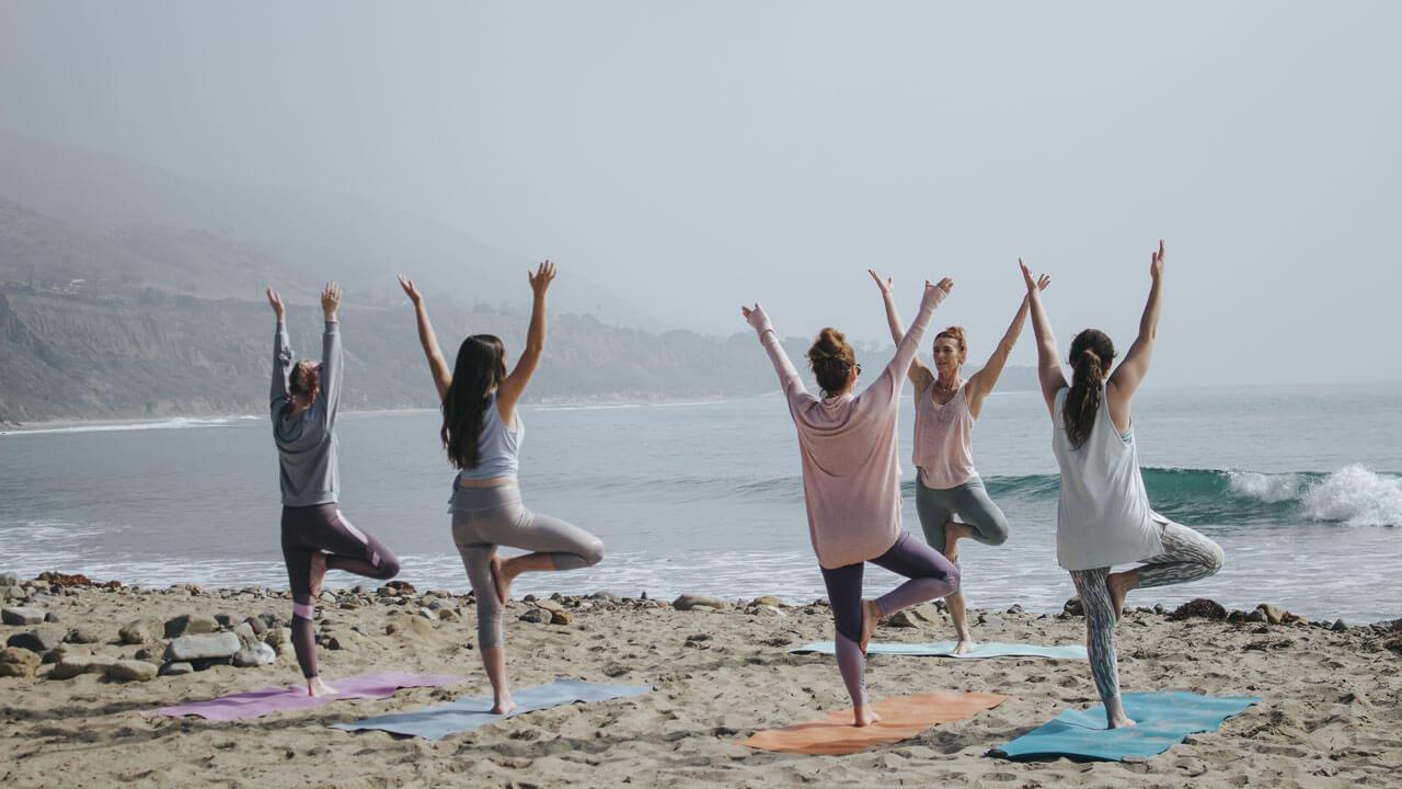 10 Best Yoga Retreats in California (2021 & 2022)